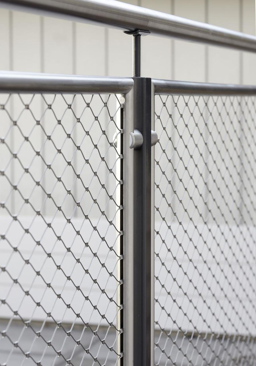 Inviss-Frame-Webnet-Balustrade-(3) - Jakob