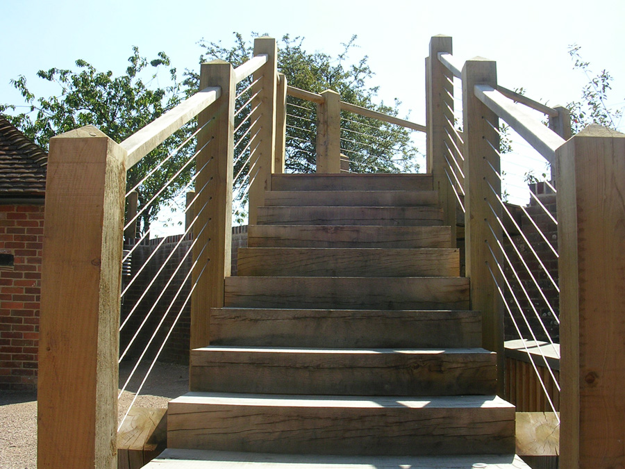 Stainless-Steel-wire-rope-stair-balustrade-(1) - Jakob